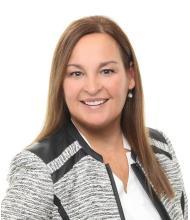Marie-Claude Young, Courtier immobilier résidentiel