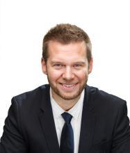 Alexander Kay, Courtier immobilier résidentiel et commercial