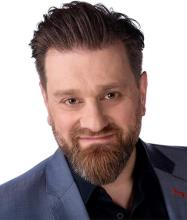 Mike Abatzidis, Courtier immobilier