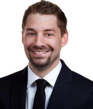 Jeremy Lacroix, Courtier immobilier