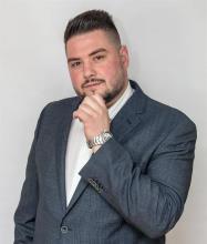 Massimo Mancini, Courtier immobilier résidentiel