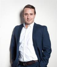 Olivier Morel, Courtier immobilier