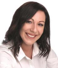 Amélie Dufresne, Real Estate Broker