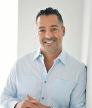 Simon Waked, Residential and Commercial Real Estate Broker