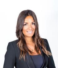 Carolane Rioux, Residential Real Estate Broker