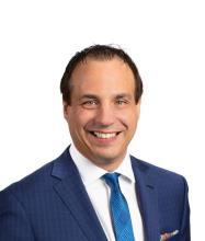 Luc Neveu, Courtier immobilier