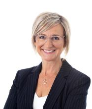 Nadine Vignola, Residential and Commercial Real Estate Broker
