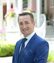 Simon Laberge, Certified Real Estate Broker