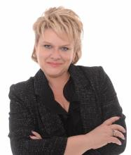 Nathalie Rioux, Certified Residential and Commercial Real Estate Broker AEO