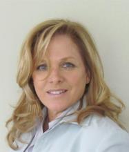 Suzanne Arrelle, Courtier immobilier agréé