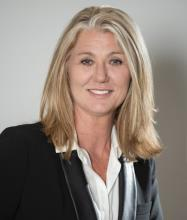 Amanda Walker, Courtier immobilier