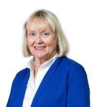 Lois Hardacker, Courtier immobilier agréé