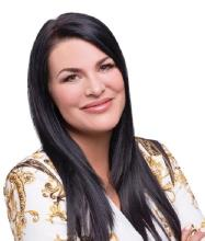 Tania Livernoche-Hébert, Courtier immobilier résidentiel