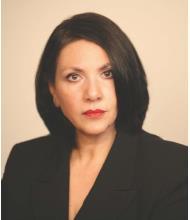 Teresa Santostefano, Courtier immobilier