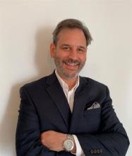 Stephen Gips, Courtier immobilier