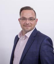 Steve Valiante, Residential and Commercial Real Estate Broker