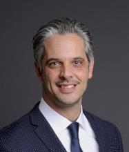 Ian Champagne, Courtier immobilier résidentiel et commercial