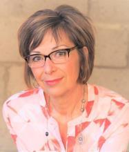 Linda Juaneda, Courtier immobilier résidentiel et commercial