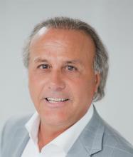 Tony Modafferi, Courtier immobilier