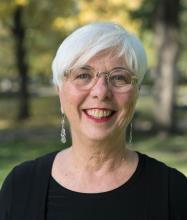 Catherine Gardner, Courtier immobilier