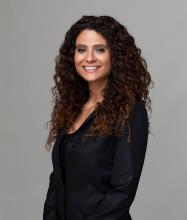 Panagiota Karabinis, Courtier immobilier