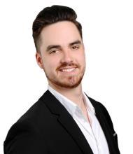 Matthew Galley, Courtier immobilier résidentiel
