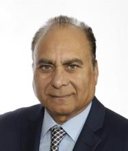 Mohinder Singh Aujla, Courtier immobilier