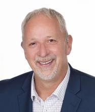 Daniel Cayer, Courtier immobilier résidentiel et commercial