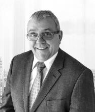 Denis Girard, Courtier immobilier résidentiel et commercial agréé