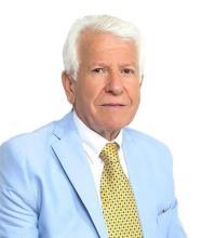 Cosmo Roselli, Certified Real Estate Broker AEO