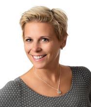 Annie Théroux, Courtier immobilier