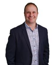 Simon Côté, Residential Real Estate Broker