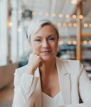 Emmanuelle Beaudet, Courtier immobilier agréé