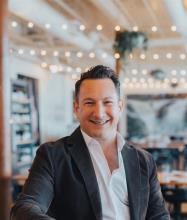 Yannick Ménard, Courtier immobilier résidentiel et commercial