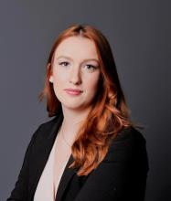 Zoe Lambert, Courtier immobilier résidentiel