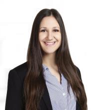 Elizabeth Carrière, Courtier immobilier résidentiel