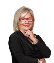 Linda Minotti, Courtier immobilier résidentiel et commercial