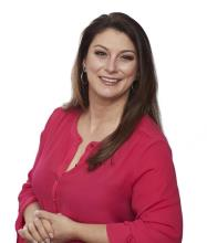 Amélie Viau, Residential and Commercial Real Estate Broker