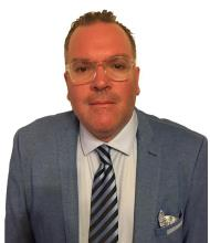 Mario Roselli, Courtier immobilier