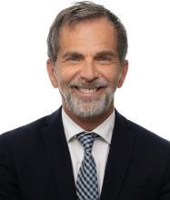 François Dugal, Courtier immobilier résidentiel et commercial