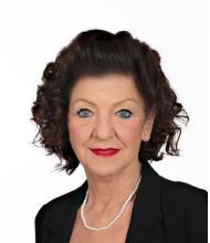 Diane Thibodeau, Real Estate Broker