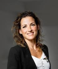 Stéphanie Dulude, Courtier immobilier résidentiel et commercial DA