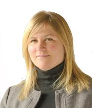 Nadine Campbell, Courtier immobilier