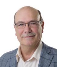Pierre Claude, Courtier immobilier