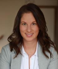 Anne Valcourt, Courtier immobilier résidentiel et commercial agréé DA