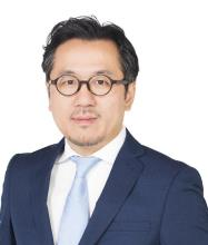 William Gong, Courtier immobilier