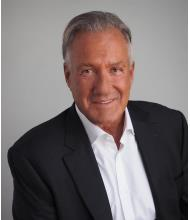 Michel W. Duguay, Courtier immobilier