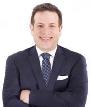 Demetrios Marinakis, Courtier immobilier résidentiel et commercial