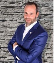 Sylvain Levert, Courtier immobilier agréé