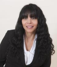 Maria Pavlou, Courtier immobilier résidentiel